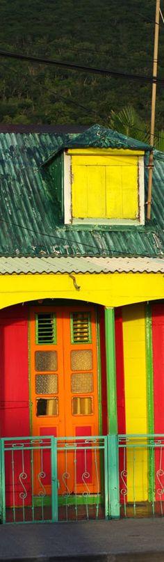 #caribbean #caribbeanlifestyle #caribbeancolours #hotcolours #colours #guadeloupe #decor #tropicaldecor