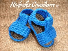 Crochet PDF Pattern- Baby blue sandals / 0-6 months