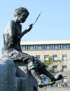 Marzyciel - dyrygent fal;  Gdynia