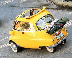 BMW Isetta Maintenance/restoration of old/vintage vehicles: the material for new cogs/casters/gears/pads could be cast polyamide which I (Cast polyamide) can produce. Bmw Isetta, Vintage Cars, Antique Cars, Scooter Moto, Microcar, Bmw Classic Cars, Yellow Car, Weird Cars, Smart Car