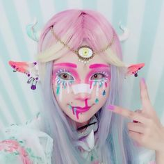 "Hommage at Caz Fhey. He # Me… ""I love His make-up👻❤️. - Hamumu on In. Kawaii Makeup, Cute Makeup, Makeup Art, Makeup Looks, Cosplay Anime, Cosplay Makeup, Costume Makeup, Pastel Goth Makeup, Pastel Goth Fashion"