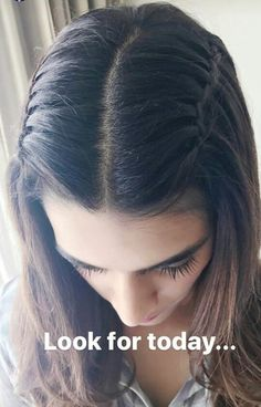 Media Tweets by Kriti Sanon's Addict (@KritiAddict) | Twitter Engagement Hairstyles, Indian Wedding Hairstyles, Holiday Hairstyles, Bride Hairstyles, Hair Upstyles, Front Hair Styles, Braided Ponytail Hairstyles, Elegant Wedding Hair, Hair Color For Black Hair
