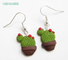 Polymer Clay Miniatures, Fimo Clay, Polymer Clay Projects, Polymer Clay Creations, Clay Crafts, Diy Earrings Polymer Clay, Polymer Clay Charms, Clay Magnets, Cactus Earrings