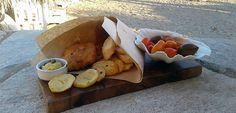 Μπακαλιάρος Τηγανητός με Πατάτες Dairy, Cheese, Food, Meals, Yemek, Eten