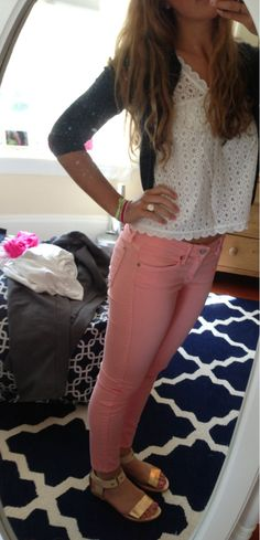 pink jeans. navy sweater. Love the top!