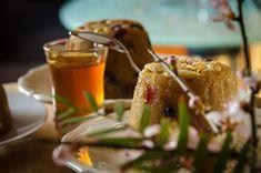 Χαλβάς Σιμιγδαλένιος χωρίς ζάχαρη. Όλο γλύκα, θρέψη και νοστιμιά στο φουλ! | HuffPost Greece Caramel Apples, Desserts, Food, Tailgate Desserts, Deserts, Eten, Postres, Dessert, Meals
