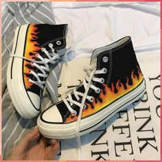 Skate high classic sneakers print fire thick sole - Alluring Tutorial and Ideas Painted Converse, Painted Sneakers, Painted Jeans, Painted Clothes, Painted Shoes, Canvas Sneakers, Custom Converse, Custom Shoes, Custom Clothes