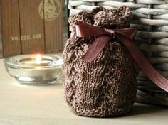 Knits and Crafts: Confitería gift bag pattern