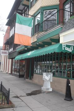 Flood's bar in Stroudsburg serves up a huge selection of beer from around the world, including beer from Ireland! #PoconoMtns