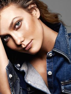 Karlie Kloss looking like a bronzed babe for Glamour France // Photo: Alique