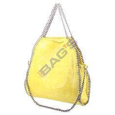 www.newbags.ro - Magazin cu produse doar din piele naturala: posete, genti, serviete, rucsaci, plicuri, borsete, portofele, curele si multe alte produse. Avem transportul gratuit indiferent de valoarea comenzii ! Models, Shoulder Bag, Bags, Fashion, Templates, Handbags, Moda, Fashion Styles, Shoulder Bags