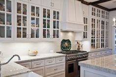 Discover the best kitchen styling tip I learned from the experts.