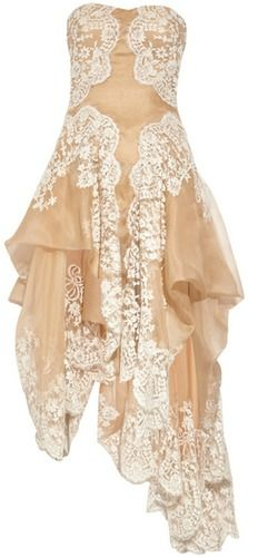 ubiore.pl • Produkty • Alexander McQueen • Lace and organza strapless gown