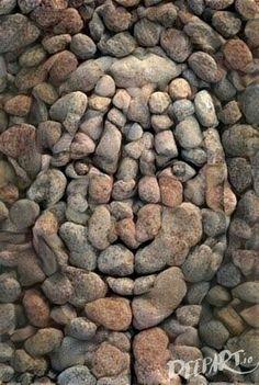 Garden art diy stone pebble mosaic 39 ideas for 2019 Pebble Mosaic, Pebble Art, Mosaic Art, Rock Mosaic, Mosaic Mirrors, Pebble Stone, Stone Mosaic, Stone Crafts, Rock Crafts