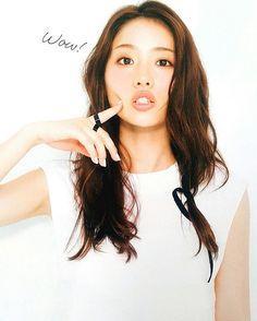 "+81 or 82 on Instagram: ""好き。love. 좋아해. #石原さとみ #satomiishihara #이시하라사토미 こんな人になりたいなー。"" My Beauty, Asian Beauty, Hair Beauty, Girls In Love, Cute Girls, Human Pictures, Asian Cute, Model Face, Asian Celebrities"