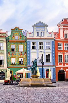 Discover Poznan in Poland, one of the best destinations in Europe for a city break. Best tours and activities in Poznan, Best hotels in Poznan, Best things to do in Poznan. Places Around The World, Oh The Places You'll Go, Places To Travel, Places To Visit, Travel Destinations, Visit Poland, Casas The Sims 4, Poland Travel, Colourful Buildings