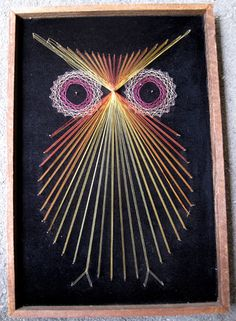 String painting! Popular in the 60's and 70's, ... something like this at Urban Outfitters ($$$) Wood+chalkboard paint+nails+hammer+string= diy ($) Wood Crafts, Diy Crafts, Wood Nails, Nail String Art, String Art Patterns, Owl Art, Artsy Fartsy, Kitsch, Art Projects