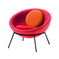 Lina Bo Bardi Bowl chair. Brazilian designer.