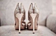 wedding shoes #zapatos #novias #bodas #JimmyChoo