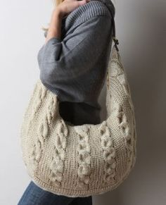 Stephanie Cable Knitted Sweater Bag in Cream. You can even use your Lilly Brush to keep your purse spotless!