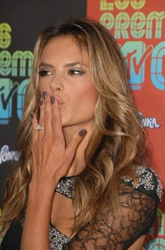 55 Best Celebrity Nail Polish Ideas images | Celebrity nails, Beauty ...