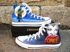 Une fois les chaussures de toile Converse par Kingmaxpaints sur Etsy