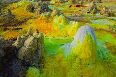 Alien landscape at Dallol (Photo: Tom Pfeiffer)