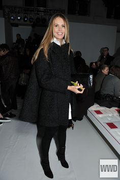 Elle Macpherson Front Row at Schiaparelli Photo by Stéphane...