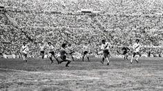 El gol de Uribe frente a Uruguay en Montevideo, aquel 23 de agosto del 81 que Perú derrotó 2-1 a los charruas y selló su clasificacion al Mundial de España.