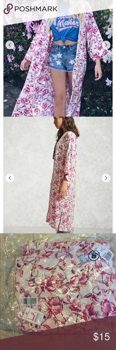 NWT Forever 21 pink/white floral kimono NWT still in packaging. Size Small Forever 21 Tops