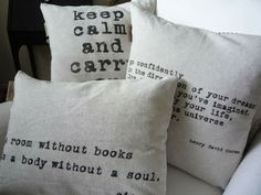 20 creative pillow on http://upgradesigner.blogspot.com/2014/04/20-extremely-creative-pillows-you-can.html