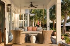 House Tour: Sullivan's Island Showstopper