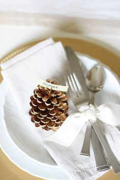 Gold & White Thanksg