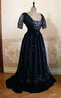 Evening dress, ca 1906, Abiti Antichi