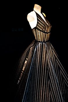 A vintage style dress made from film strips! I MUST have this for an event someday!
