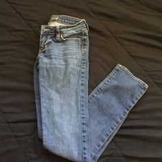Bullhead Venice jeans Great pair of jeans I absolutely love this brand but unfortunately these do not fit me. They have been worn only once or twice and are in excellent condition. Material is Jean not jeggings. Bullhead Jeans Skinny
