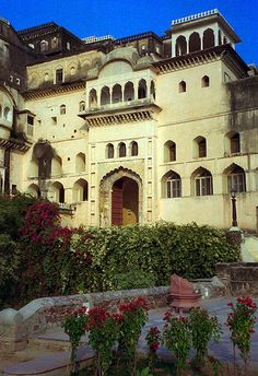 Neemrana Fort Palace Hotel, Village Neemrana, District Alwar.