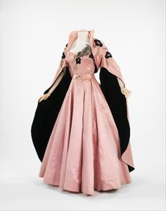 Defunct Fashion -         Fontana evening ensemble, 1954        From the Metropolitan Museum of Art
