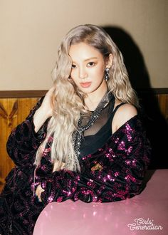 Hyoyeon is next up for Girls' Generation's comeback 'Holiday Night' teaser clip | allkpop.com