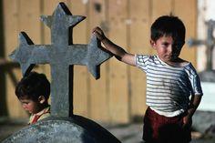 Boy in a cemetery - Curepto, Maule