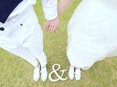 〜YOU&ME〜 いつまでも手を取り合ってお幸せに♡ 出逢いに感謝です♫ . . #沖縄 #okinawa #ロケーションフォト沖縄 #ウェディングフォト #ブライダルフォト #ロケーションフォト #衣装レンタル #マタニティフォト #ヘアメイク #ヘアアレンジ #ブライダルヘア #ファインダー越しの私の世界 #写真撮ってる人と繋がりたい #女性カメラマン #結婚式 #前撮り #花嫁 #写真スタジオ #被写体募集 #モデル #ピクニック #沖縄フォトウェディング #weddingphotography #wedding #love #converse #カジュアルウェディング #女性カメラマン