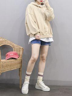 Korean Fashion – How to Dress up Korean Style – Designer Fashion Tips Korean Girl Fashion, Korean Street Fashion, Ulzzang Fashion, Korea Fashion, Asian Fashion, Tokyo Fashion, Girl Outfits, Fashion Outfits, Womens Fashion