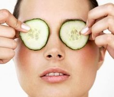 Tuesday's Tip - Natural Solutions to Get Rid of Under-Eye Bags, Dark Circles or Eye Puffiness - Potpourri of Whatever All Natural Skin Care, Anti Aging Skin Care, Organic Skin Care, Natural Beauty, Get Healthy, Healthy Skin, Healthy Beauty, Healthy Foods, Delaware