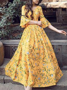 Chiffon Vintage V-Neck Flare Sleeve Big Hem Dress - Source by - Trendy Dresses Trendy Dresses, Modest Dresses, Simple Dresses, Casual Dresses, Floral Dresses, Floral Maxi, Awesome Dresses, Bohemian Dresses, Striped Maxi Dresses