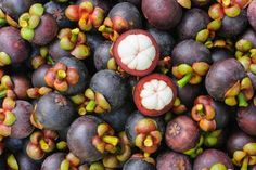 What if I told you that one little fruit had the ability to completely destroy tumour cells in the body? Mangosteen for cancer prevention is one method of returning the body to a state of vibrant health. Natural Cancer Cures, Natural Cures, Exotic Fruit, Exotic Plants, Fruit And Veg, Fruits And Vegetables, Antidepresivo Natural, Weird Fruit, Drink Tags