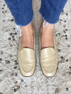 d716b146a3bb Vintage CHANEL CC Embroidered Logo Leather Beige Cream Tan Loafers Flats  Driving Shoes Smoking Slippers Ballet Flat 39.5 us 8.5 - 9