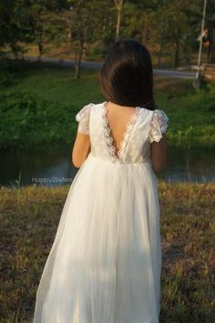 64456dbcf Flower girls dress lace and tulle Beach flower girl dress Rustic flower girl  dress Ivory flower girl dress Junior bridesmaid dress