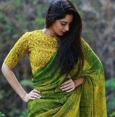 green blouse designs for saree,green blouse designs for saree dark,green blouse designs for saree light Saree Poses, Simple Sarees, Saree Photoshoot, Saree Trends, Stylish Sarees, Saree Look, Elegant Saree, Casual Saree, Fancy Sarees
