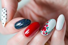 Cool Ideas to Paint Nails Red, Blue & White