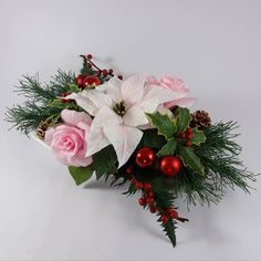 "27 aprecieri, 0 comentarii - Marianne (@marianneweddingdesign) pe Instagram: ""To come Christmas...!! #christmas #creppaperflower #flowers #flori #poinsettia #papercraft"" Christmas Christmas, Christmas Wreaths, My Flower, Flowers, Poinsettia, Holiday Decor, Instagram, Home Decor, Xmas"